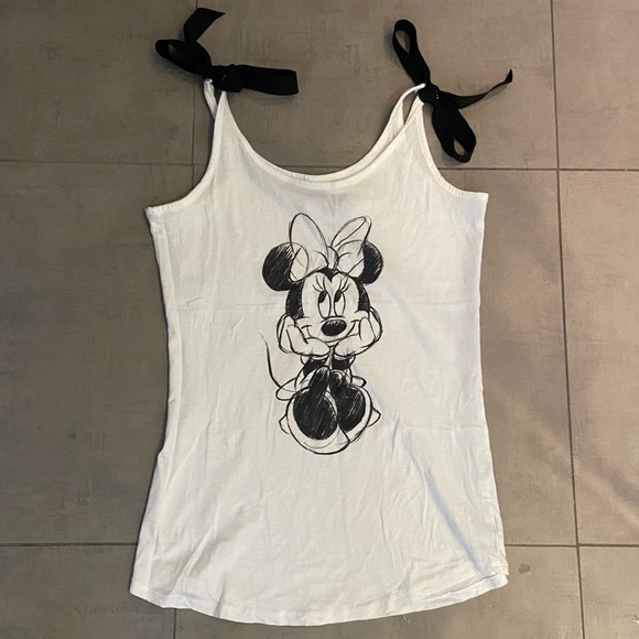 Minnie Mouse tank top